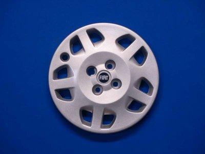 Wieldoppen Fiat New Punto 14 inch  FIA39314